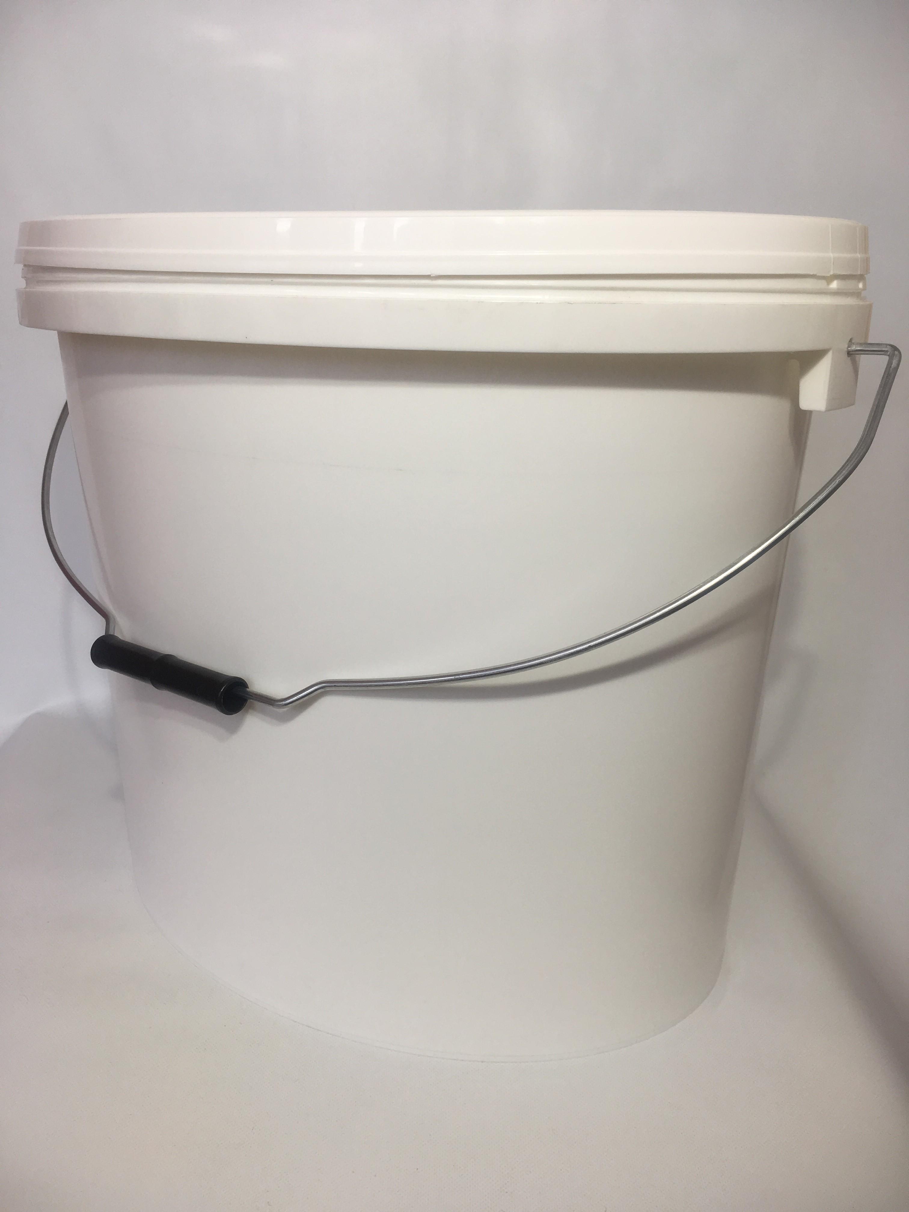 Kbelík plastový včetně víčka 18 l